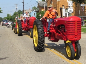 tractor red 1